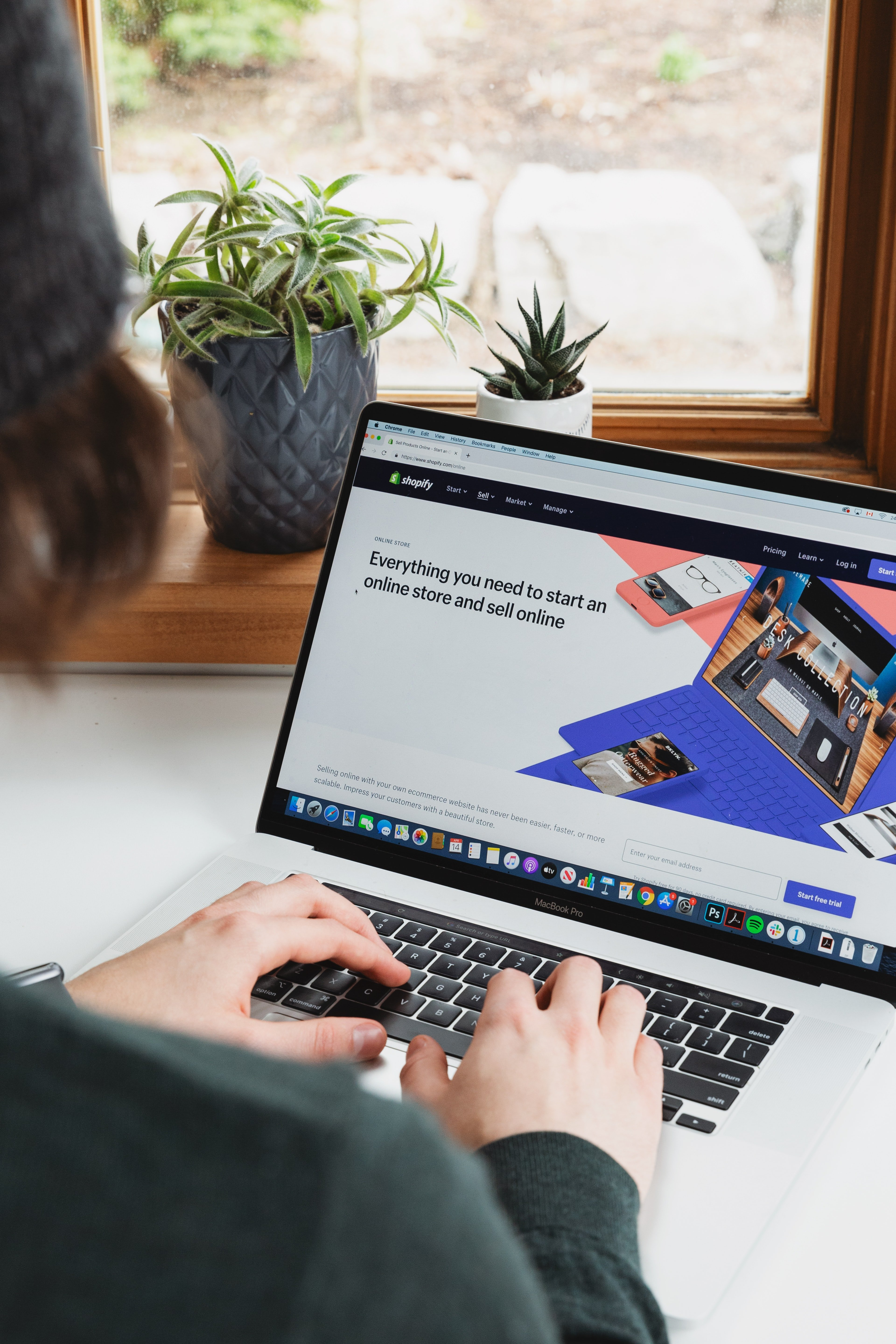 COVID-19 Drives E-Commerce Growth for Brick and Mortar Retailers
